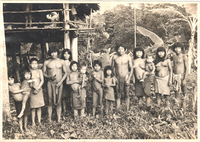 This image has an empty alt attribute; its file name is ambrose-Embera-Tribe-Colombia3.jpg