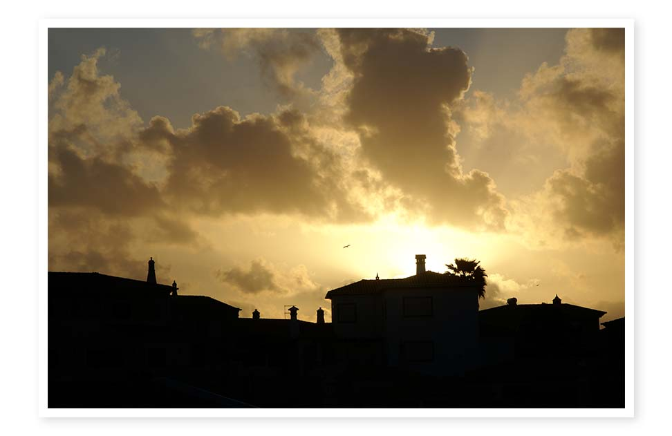 Thanks to Dottie Mink for this photo of the sunset in Lagos, Portugal.